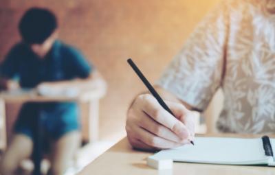 Quins són els diferents tipus d'exàmens d'una oposició?